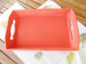 come decorare un vassoio in legno con la vernice spray scelta da L'Agenda di mamma Bea