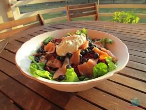 frutti golosi e inconsueti per l'insalata di salmone preparata da L'Agenda di mamma Bea