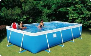 sport in giardino della piscina descritto da L'Agenda di mamma Bea
