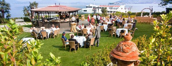 aperitivo in giardino matrimonio Hotel Dino