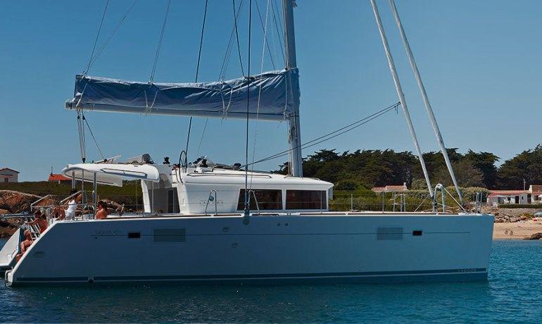 lagoon-450-f-catamaran-banner