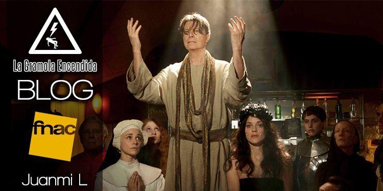 Si Bowie levantase la cabeza… (una historia paranormal en Fnac Murcia)