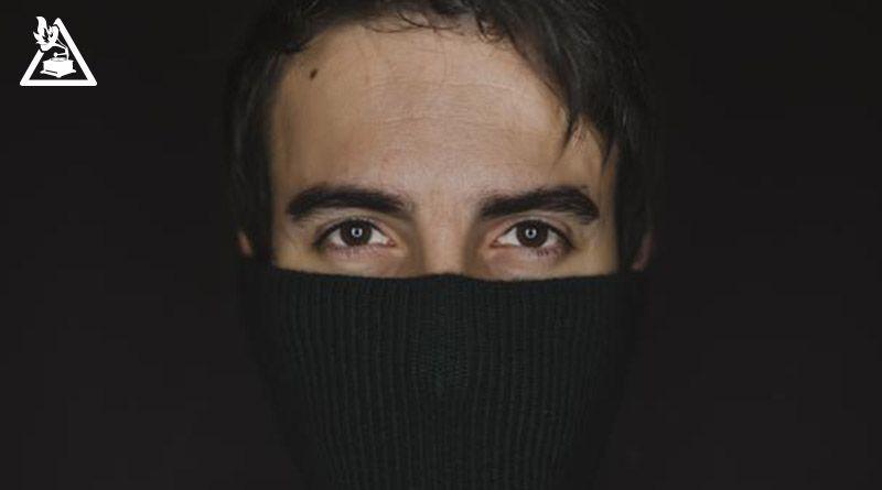 """Entrevista con David Ruíz (L.A.M.O.D.A) presentando en solitario """"nostalgia.en.los.autobuses"""""""