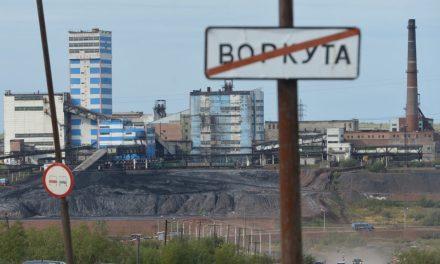 La Banque Postale détient des participations, via ses filiales de gestion d'actifs, dans plusieurs entreprises charbonnières