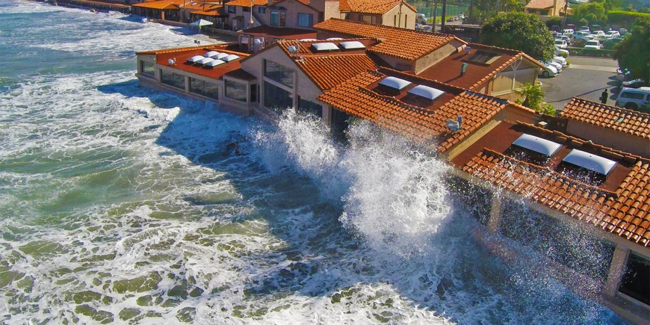 A mesure que les inondations à marée haute s'aggravent, plus de pollution est emportée vers la mer