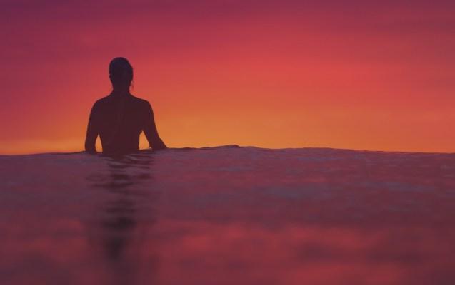 article-blog-combinaisons de surf écologiques