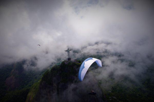 Damien Lacaze au Brésil 600x400 - Rencontre avec Damien Lacaze, le rider des nuages.