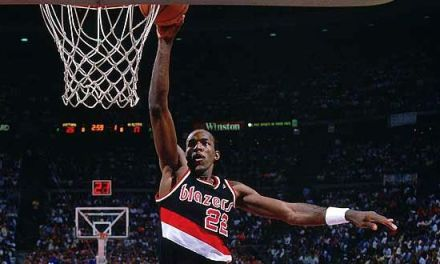 Happy Birthday to Clyde « the Glide » Drexler !