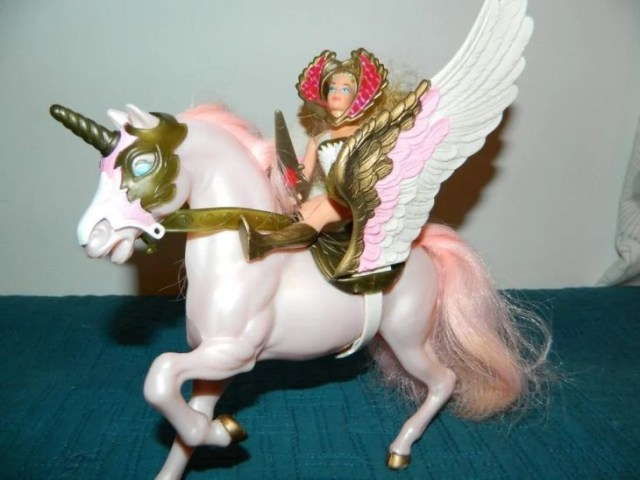 She-Ra y Swiftwind