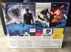 PS4 SLIM (7)
