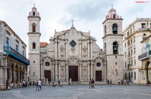 Plaza de la Catedral, which serves as the seat of the Roman Catholic Archidiocese