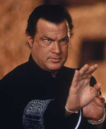 https://i2.wp.com/www.lahiguera.net/cinemania/actores/steven_seagal/fotos/1913/steven_seagal.jpg