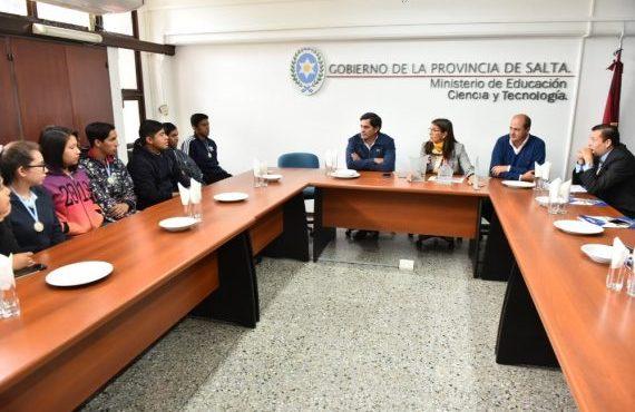 Alumnos de Guachipas recibieron un reconocimiento internacional
