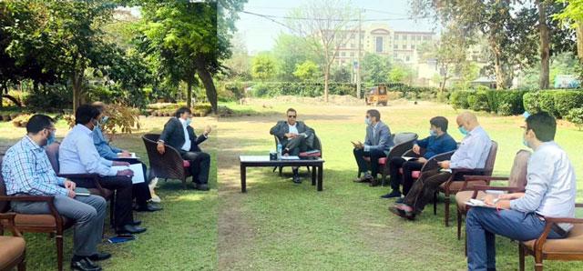 کلین اینڈ گرین لاہور