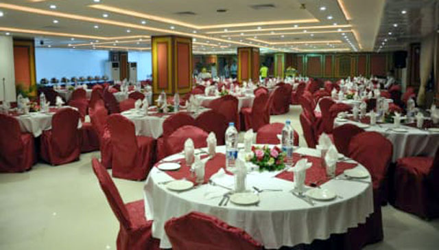 ہوٹلز اور ریستوران
