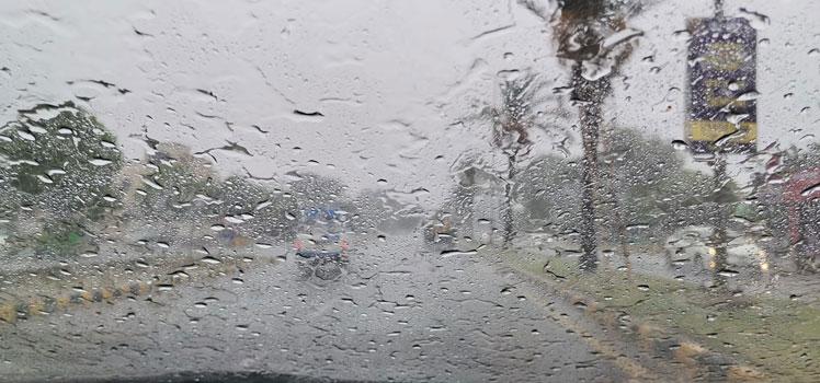 موسلا دھار بارشوں