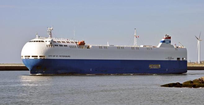 CITY OF ST PETERSBURG. Rakennettu 2010, Japani. 140x22m. Syväys 6,5m. Pääkone Man B&W 7L42MC 6965 KW. Nopeus 17 solmua. Polttoainekapasiteetti 915 m3. Omistaja: Mizuho Sangyo, Japani. Operointi: Fairmont Shipping, Kanada. Lippu: Panama.