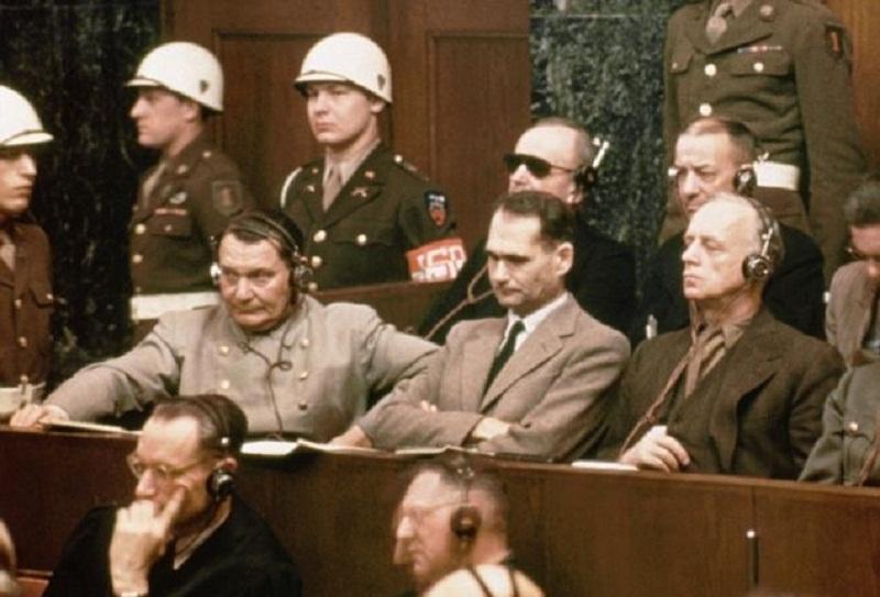 Resultado de imagen para imagenes farsa juicio nuremberg