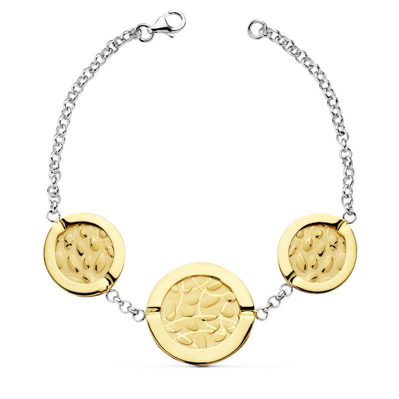 Pulsera para mujer BmO/26001296 de oro 18 Kte Pulsera para Mujer BmO/26001296 Bicolor de oro de 18 Kte. Tiene un peso aproximado de 10.85 gr y su medida es de 19,5 cm. Fuerza, dinamismo, elegancia y frescura. Amplia colección de joyas en oro que dará un toque especial a tu look más actual. Todos nuestros artículos de joyería vienen debidamente contrastados por los más prestigiosos laboratorios de metales preciosos Españoles. Todos lo artículos se servirán con su factura certificando la autenticidad y calidad de las piezas realizadas en oro de 18 Kte.