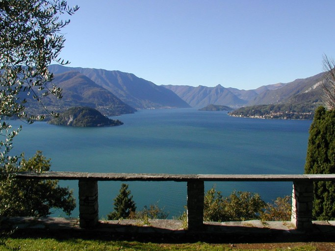 LakeComo
