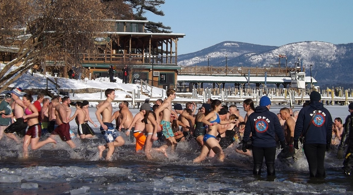 Lake George 2018 New Year's Day Polar Plunge