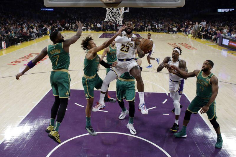 Los Angeles Lakers 114 – 112 Boston Celtics