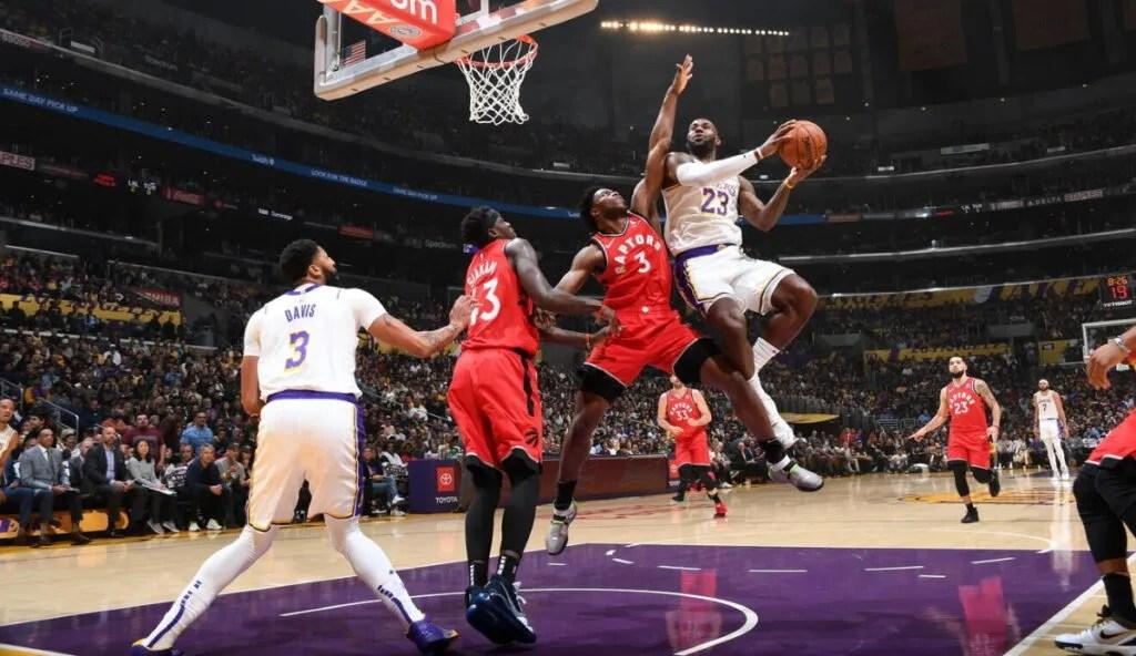LeBron James, Los Angeles Lakers vs Toronto Raptors