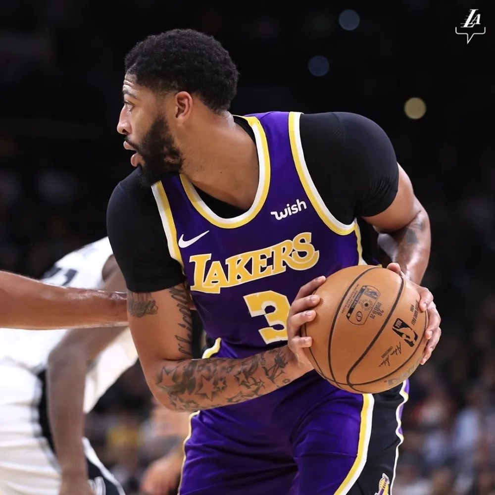 Anthony Davis, Los Angeles Lakers vs San Antonio Spurs