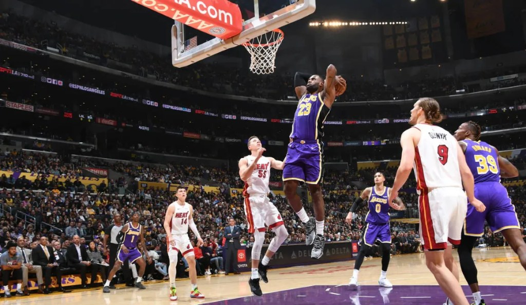 LeBron James, Los Angeles Lakers vs Miami Heat