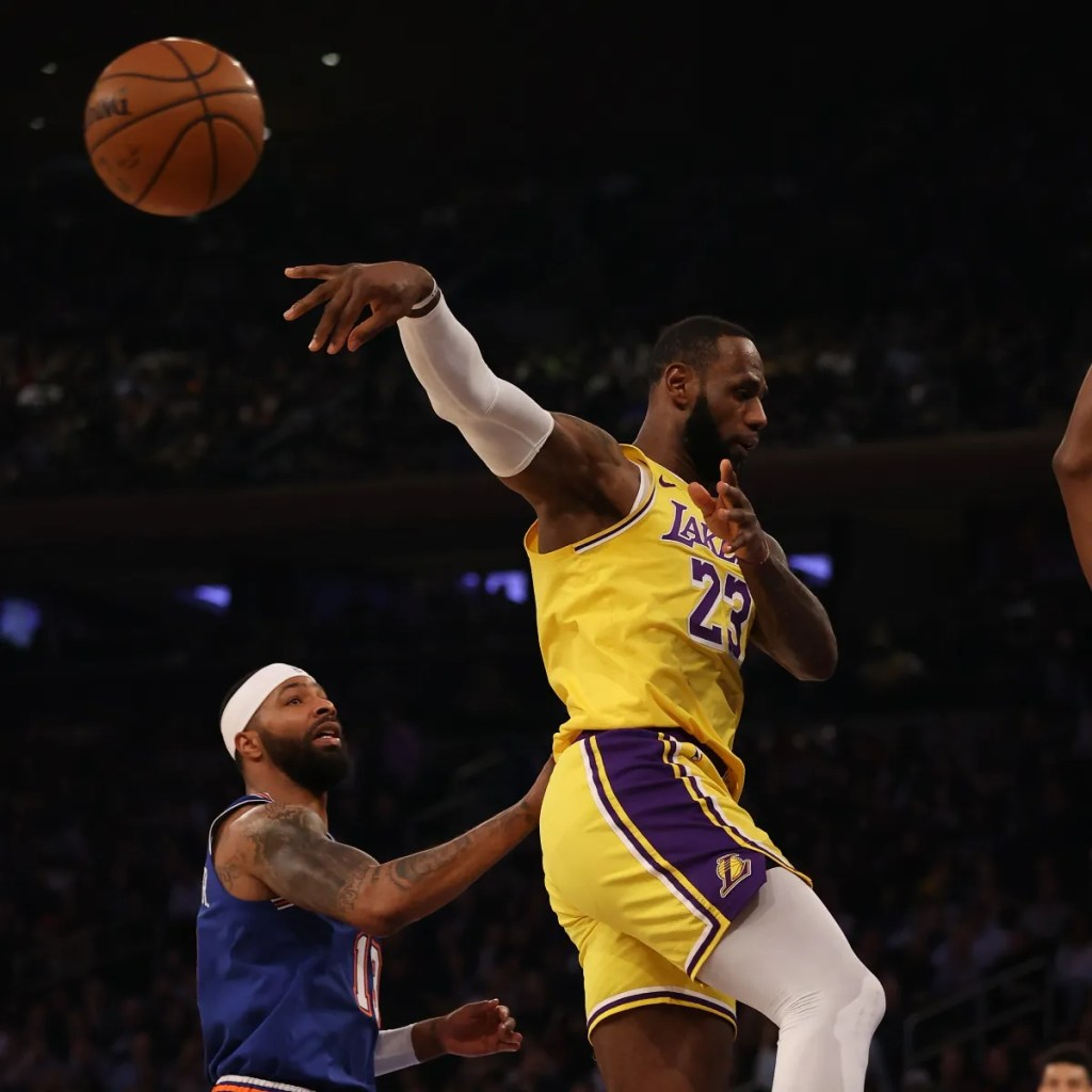 LeBron James, Los Angeles Lakers vs New York Knicks at Madison Square Garden