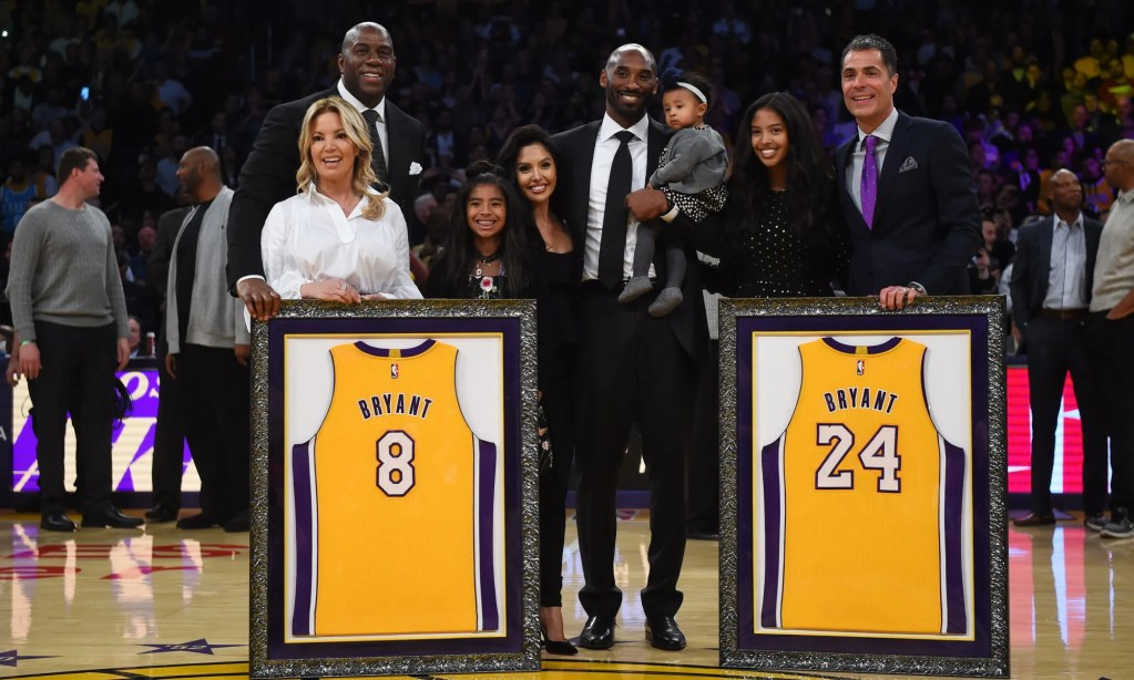 Kobe Bryant and his family with Jeanie Buss, Magic Johnson and Rob Pelinka and at Staples Center