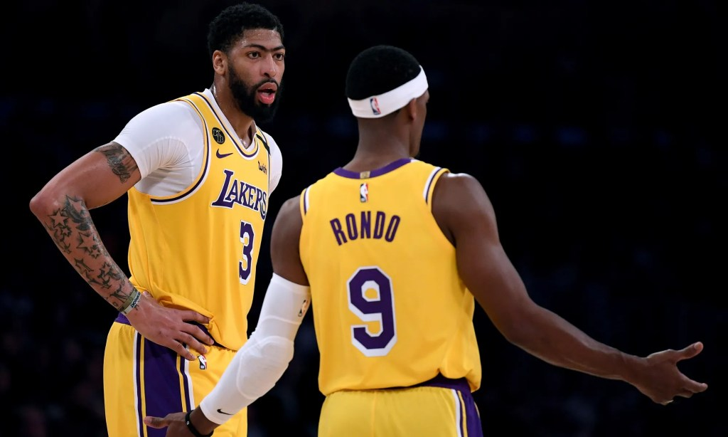 Anthony Davis and Rajon Rondo, Los Angeles Lakers vs Memphis Grizzlies at STAPLES Center