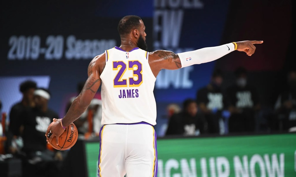LeBron James #23 of the Los Angeles Lakers handles the ball during the game on August 3, 2020