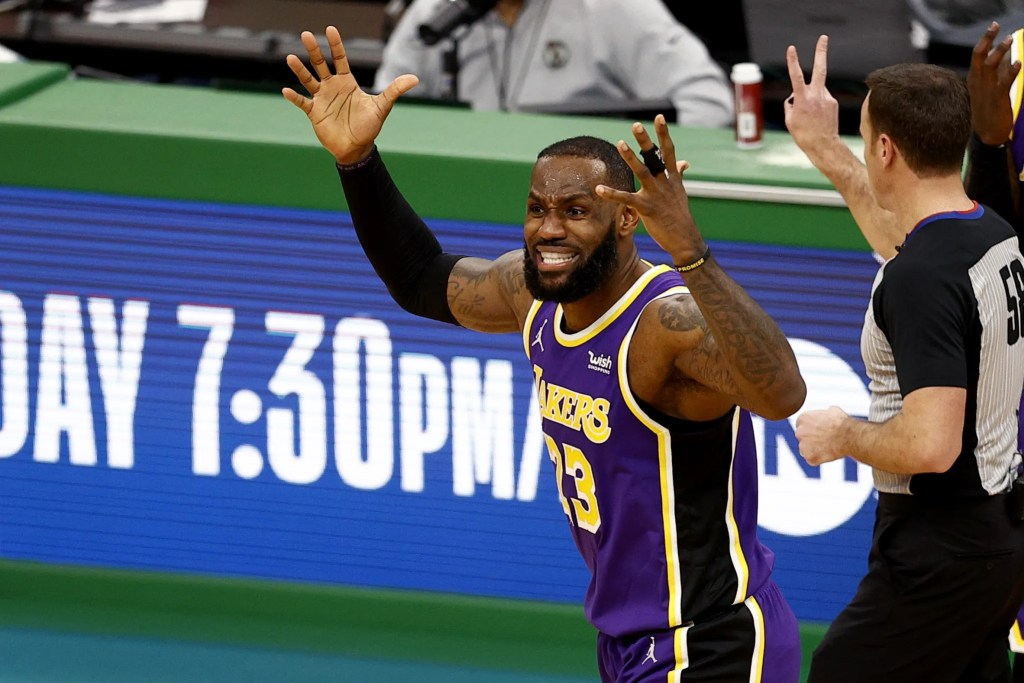 LeBron James, Los Angeles Lakers vs Boston Celtics