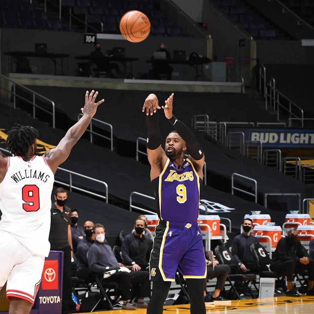 Wesley Matthews, Los Angeles Lakers vs Chicago Bulls