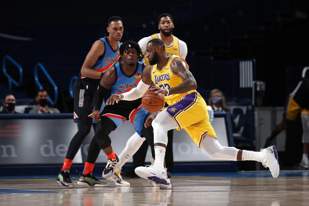 LeBron James, Los Angeles Lakers vs Oklahoma City Thunder