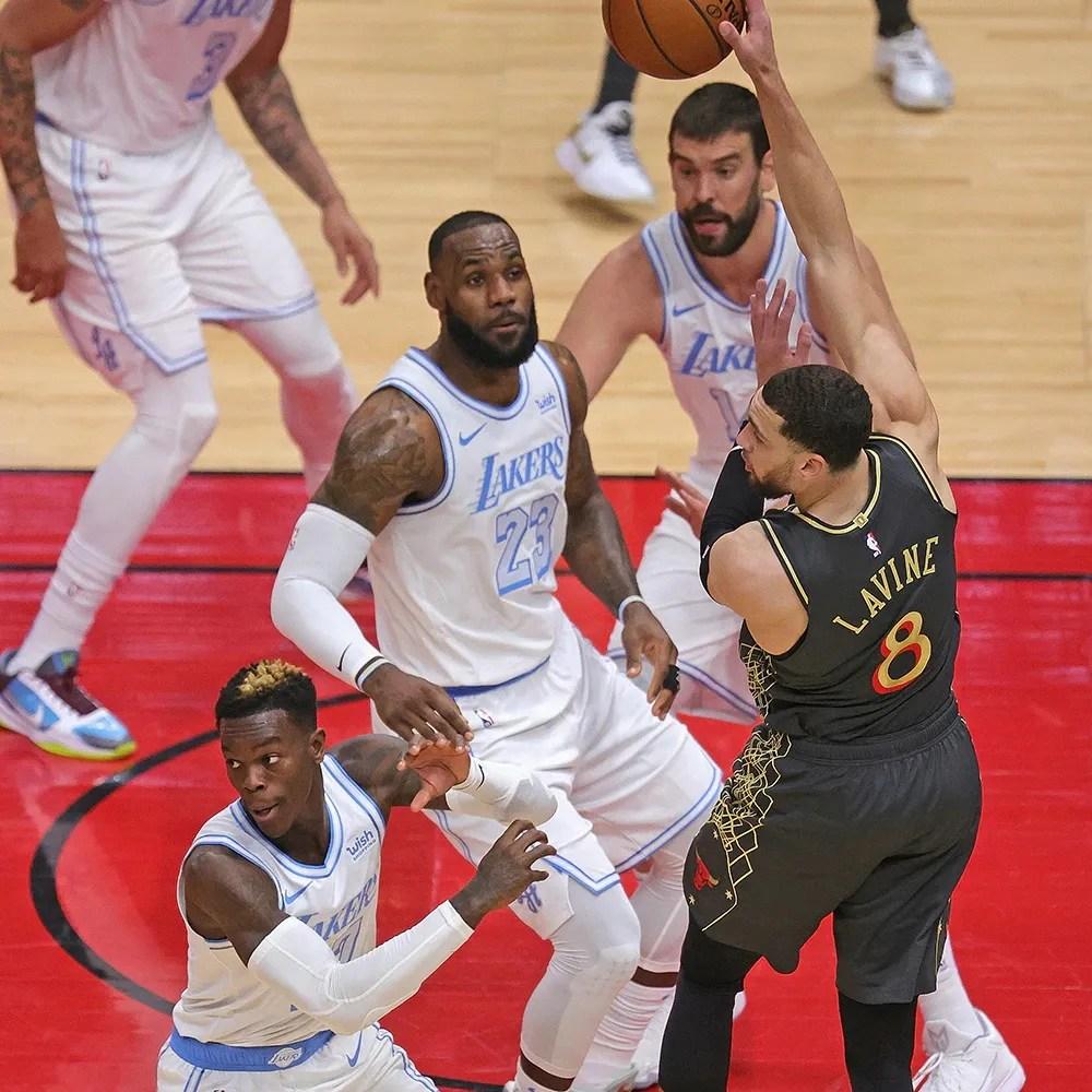 Dennis Schröder, LeBron James, Marc Gasol and Zach LaVine, Los Angeles Lakers vs Chicago Bulls