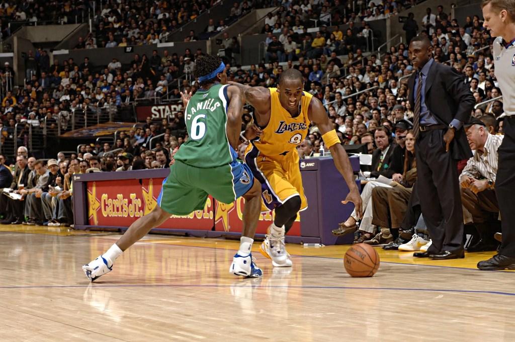 Kobe Bryant and Marquis Daniels, Los Angeles Lakers vs Dallas Mavericks