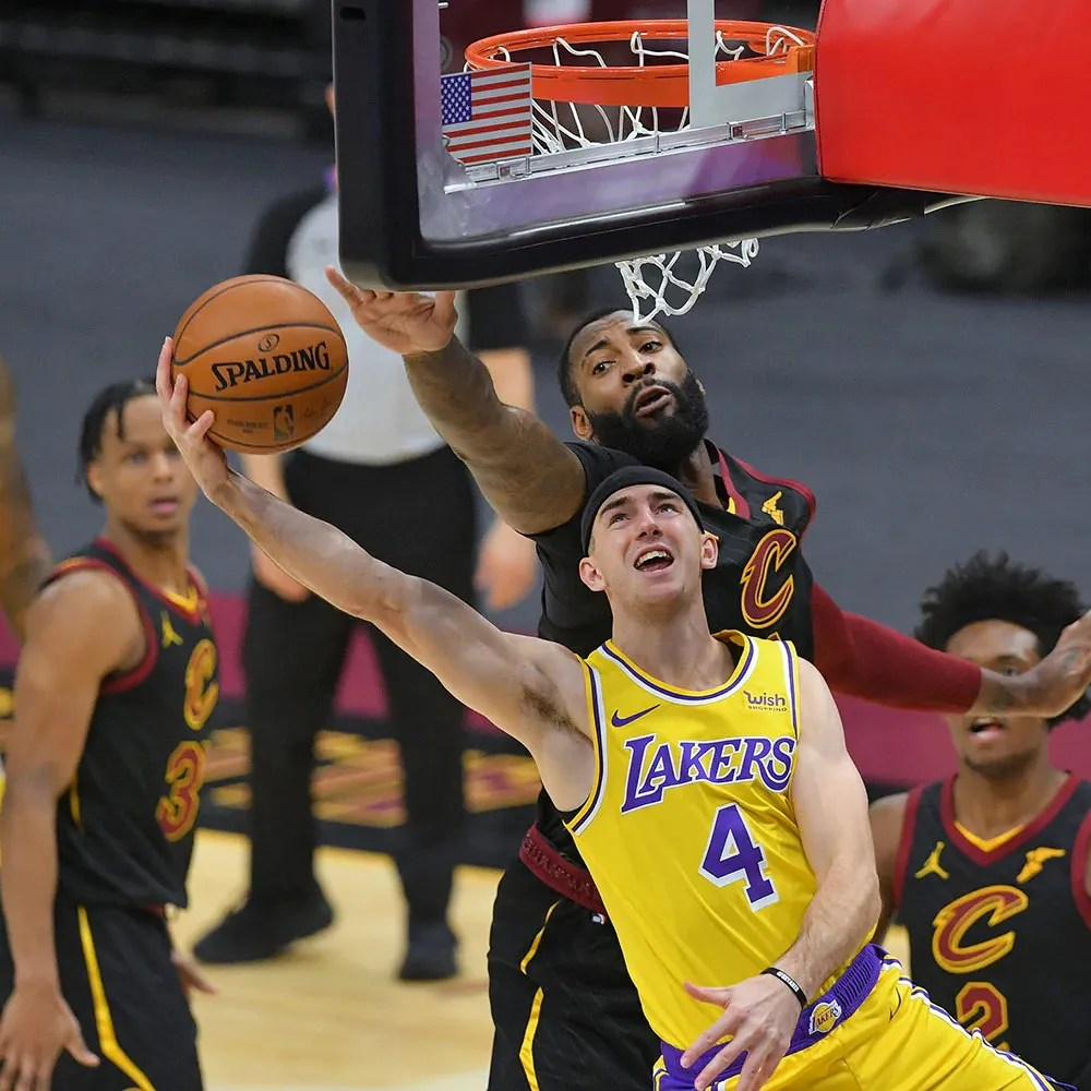 Alex Caruso and Andre Drummond, Los Angeles Lakers vs Cleveland Cavaliers