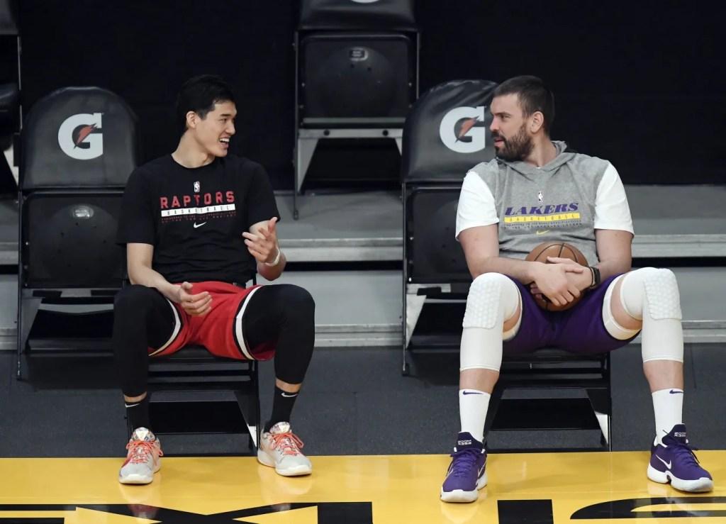 Yuta Watanabe and Marc Gasol, Los Angeles Lakers vs Toronto Raptors