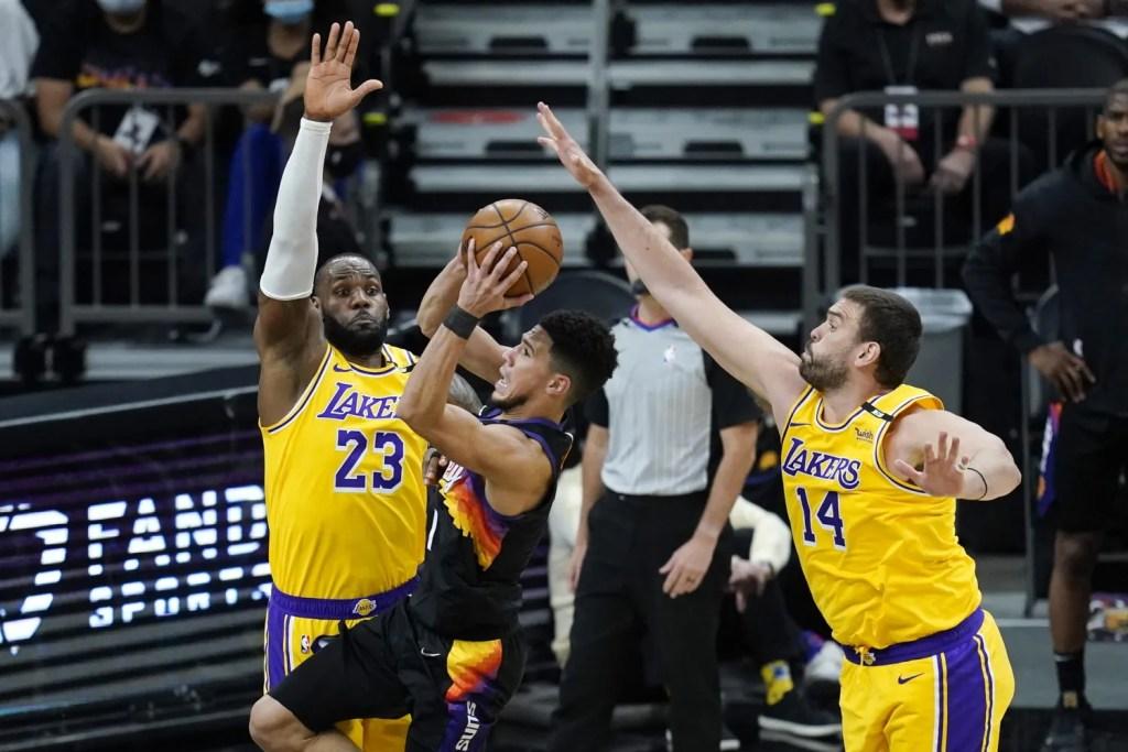 Devin Booker, LeBron James and Marc Gasol, Los Angeles Lakers vs Phoenix Suns