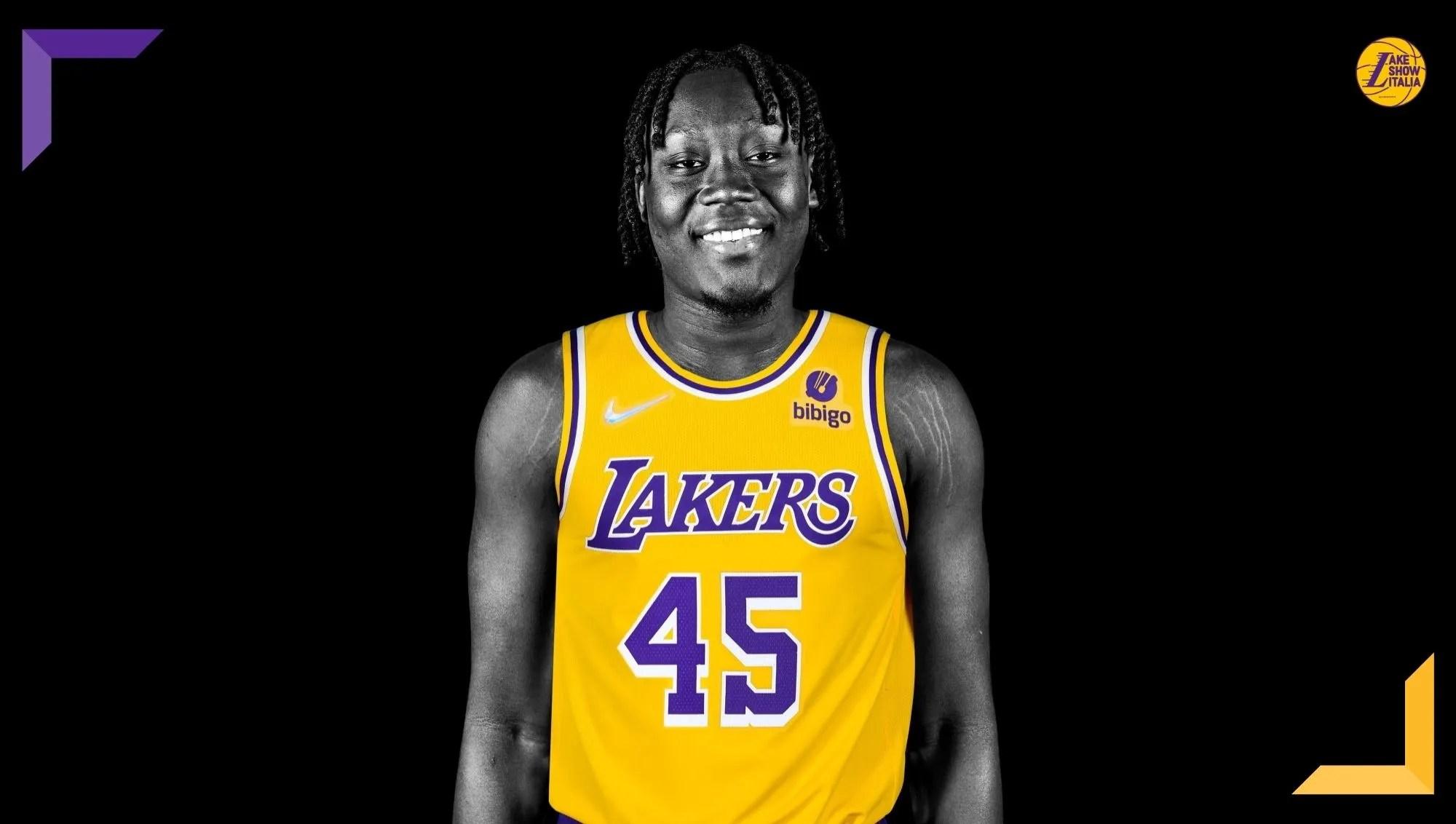 I Los Angeles Lakers hanno annunciato la firma di Sekou Doumbouya. L'ala ex Pistons ha accettato il two-way contract offerto dai gialloviola.
