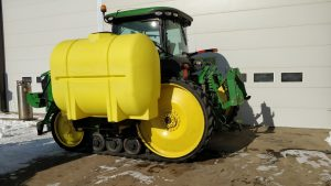 Lakestate Mfg showing visibility from the back corner with a 600 gallon tank side mount.