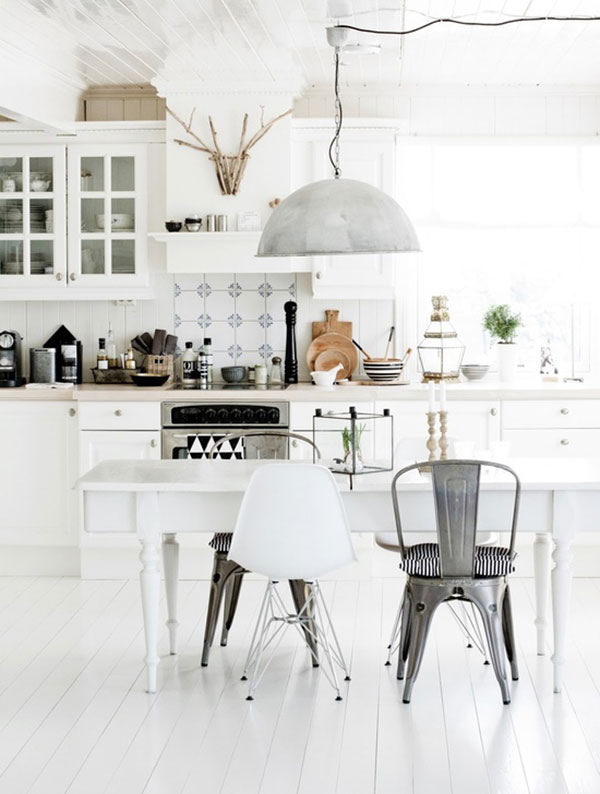 white-kitchen_La-La-Lovely
