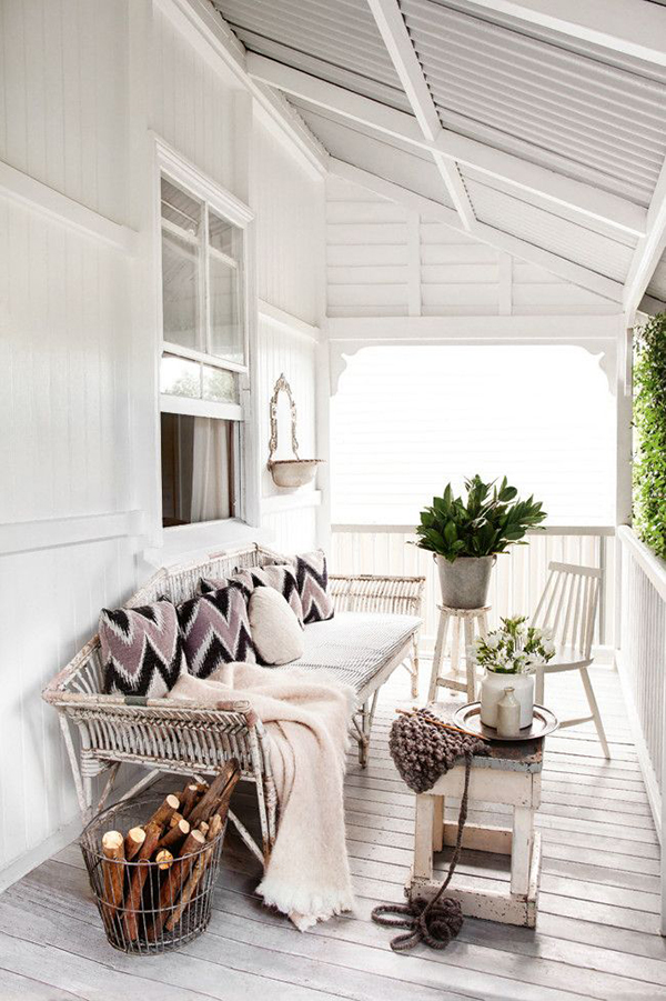 white porch_La La Lovely