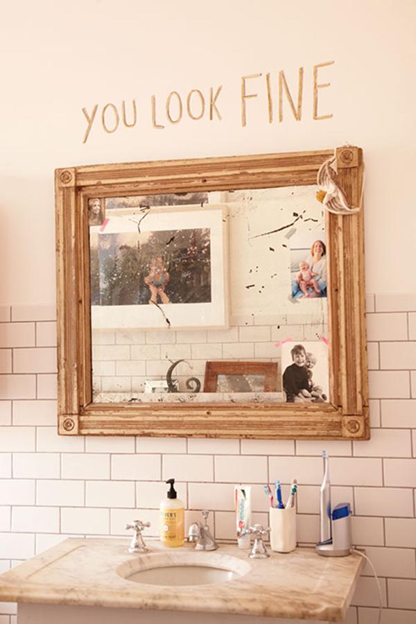 you look fine mirror via la la lovely
