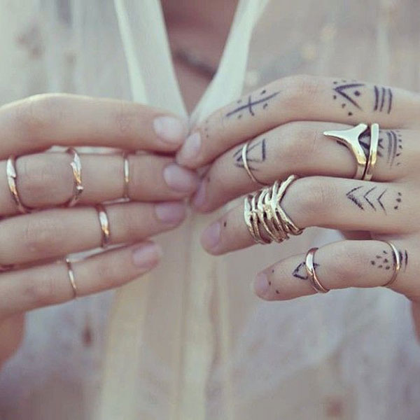 la la loving gold rings
