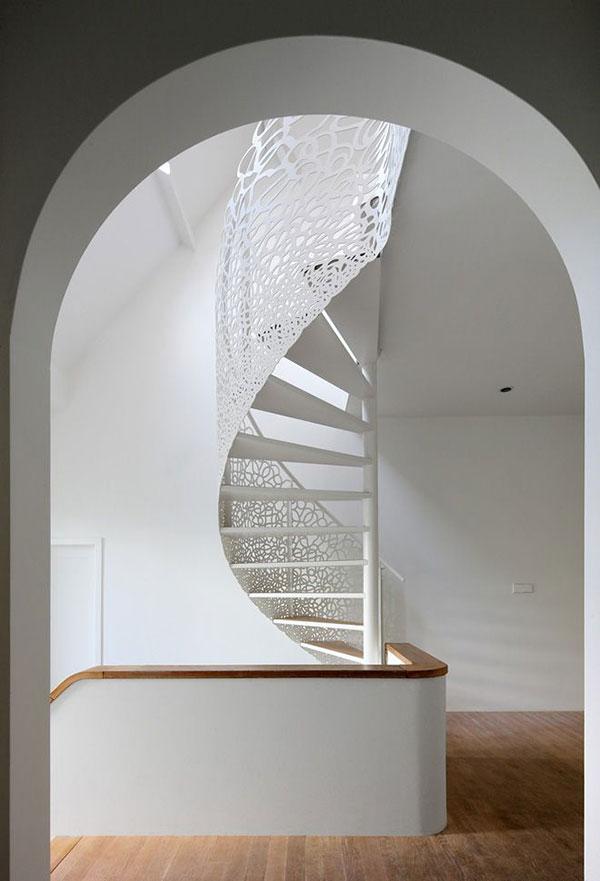 modern-ornate-staircase-la-la-lovely