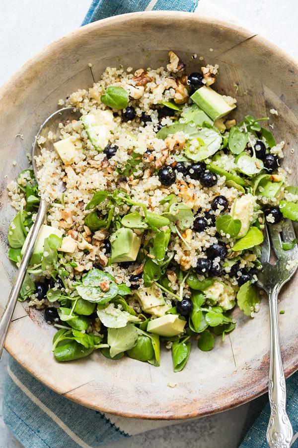 blueberry-quinoa-salad-04-1