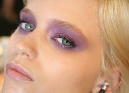 e0f0826345299f16ea24e9d01b630860--purple-eye-makeup-purple-eyeshadow